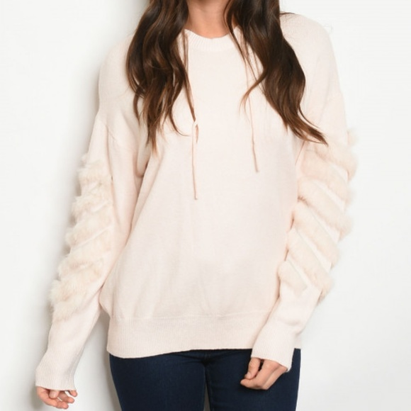 Sweaters - TRIMMED WITH FUR SWEATER HOODIE